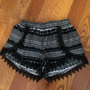 Charlotte Russe Shorts | Size Small